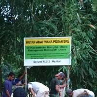 Pemasangan Plang Hutan Adat Wana Posangke Kab. Morowali Utara paska ditetapkan