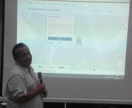 deny rahadian membuka acara launching tanahkita.id