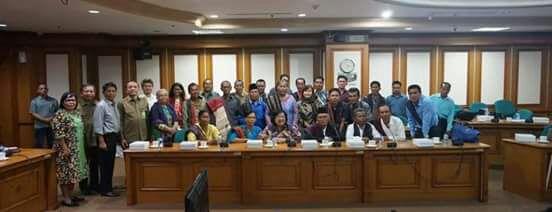 Foto Bersama usai audiensi Masyarakat Adat Tano Batak dengan Menhut, Siti Nurbaya