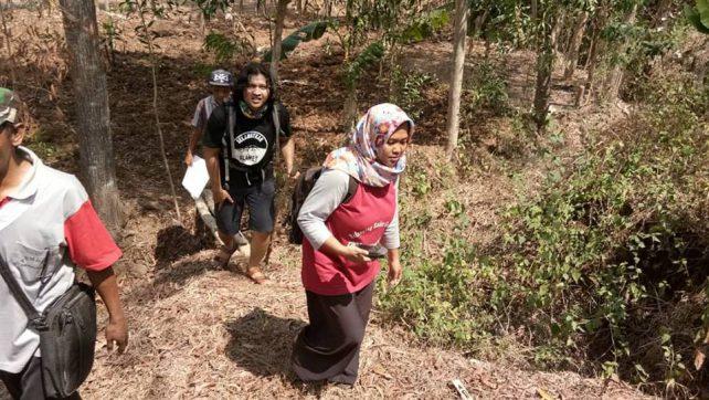 Kader PKK Desa Gerduren Petakan Hutan Desa
