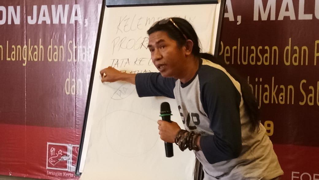 Imam Hanafi, saat memfasilitasi Konsolidasi SLPP Region Jawa, Bali, Nusra, Maluku dan Papua di Kuta Central Park Hotel, Bali (8/5/2019) By @AjiPanjalu