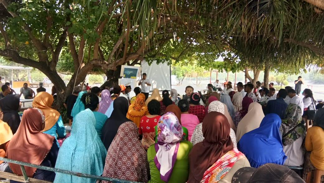 Suasana kunjungan Kakanwil ATR/BPN DKI Jakarta dan KSP ke Pulau Pari