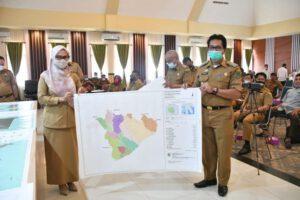 Bupati Luwu Utara Indah Putri Indriani Pada Saat Workshop Pengesahan Hasil Penetapan dan Penegasan Batas Desa dan Kelurahan